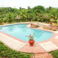 Отель Afrikiko River Front Resort бассейн