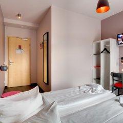 MEININGER Hotel Berlin Alexanderplatz 2* Стандартный номер с различными типами кроватей фото 4