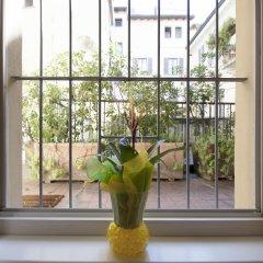 Отель At Home Heart of Milan - Manzoni Италия, Милан - отзывы, цены и фото номеров - забронировать отель At Home Heart of Milan - Manzoni онлайн балкон