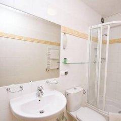 Отель Villa Toscania Польша, Познань - отзывы, цены и фото номеров - забронировать отель Villa Toscania онлайн ванная