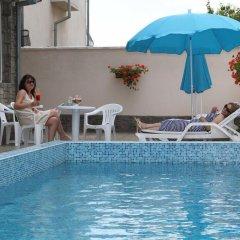 Отель Vlasta Family Hotel Болгария, Равда - отзывы, цены и фото номеров - забронировать отель Vlasta Family Hotel онлайн бассейн фото 3