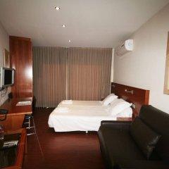 Отель Madanis Apartamentos Испания, Оспиталет-де-Льобрегат - отзывы, цены и фото номеров - забронировать отель Madanis Apartamentos онлайн комната для гостей фото 2