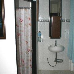Summer Breeze Inn Hotel ванная