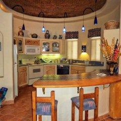 Отель Casa Lorena 4 Bedrooms 3.5 Bathrooms Home Педрегал в номере фото 2