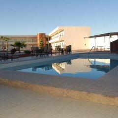 American Inn Hotel & Suites Delicias бассейн фото 3