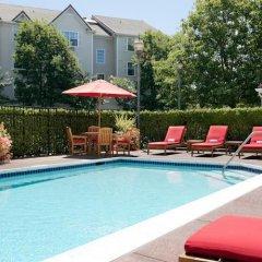 Отель TownePlace Suites Milpitas Silicon Valley бассейн фото 2