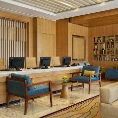 Отель DoubleTree by Hilton Dubai Jumeirah Beach интерьер отеля фото 3