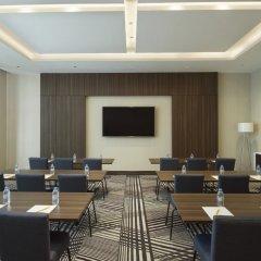 Отель Hampton by Hilton Dubai Airport