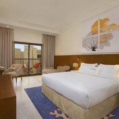 Отель DoubleTree by Hilton Resort & Spa Marjan Island 5* Стандартный номер с двуспальной кроватью