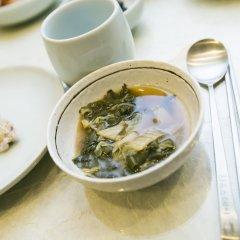 Отель Bukchonmaru Hanok Guesthouse питание