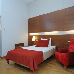 Original Sokos Hotel Vantaa сейф в номере