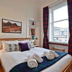 Отель 2 Bedroom Flat in Central Edinburgh Эдинбург комната для гостей фото 2