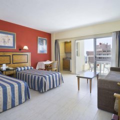 Hotel Pyr Fuengirola комната для гостей фото 5