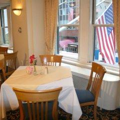 Отель Salisbury Hotel США, Нью-Йорк - 8 отзывов об отеле, цены и фото номеров - забронировать отель Salisbury Hotel онлайн питание