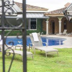 Casa Conde Hotel & Suites бассейн фото 3