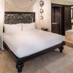 Отель Cabo Azul Resort by Diamond Resorts сейф в номере