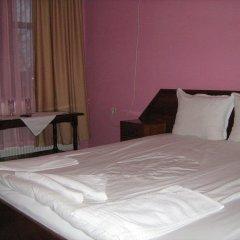 Отель Dvata Brjasta Family Hotel Болгария, Асеновград - отзывы, цены и фото номеров - забронировать отель Dvata Brjasta Family Hotel онлайн комната для гостей