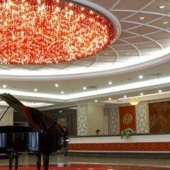 Отель Mercure Shanghai Yu Garden Китай, Шанхай - 1 отзыв об отеле, цены и фото номеров - забронировать отель Mercure Shanghai Yu Garden онлайн интерьер отеля фото 2