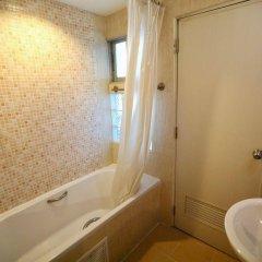 Отель Synsiri Resort Таиланд, Бангкок - отзывы, цены и фото номеров - забронировать отель Synsiri Resort онлайн ванная фото 2