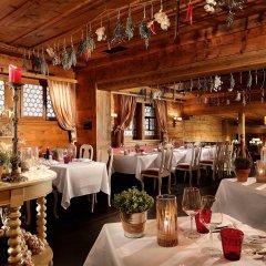 Отель Gstaad Palace Швейцария, Гштад - отзывы, цены и фото номеров - забронировать отель Gstaad Palace онлайн гостиничный бар