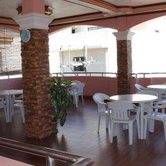 Отель M.N. Boracay Lodge Inn Филиппины, остров Боракай - отзывы, цены и фото номеров - забронировать отель M.N. Boracay Lodge Inn онлайн питание фото 2
