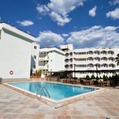 Reis Maris Hotel бассейн