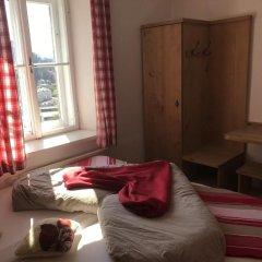 Отель Stadtalm Naturfreundehaus Австрия, Зальцбург - отзывы, цены и фото номеров - забронировать отель Stadtalm Naturfreundehaus онлайн комната для гостей фото 2