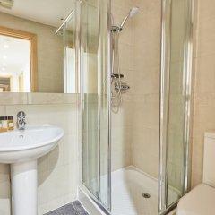 Отель Charming Mayfair Suites by Sonder ванная