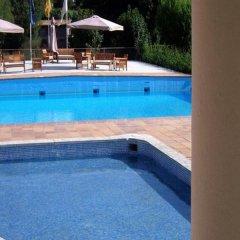 Отель Bellavista Бельвер-де-Серданья бассейн