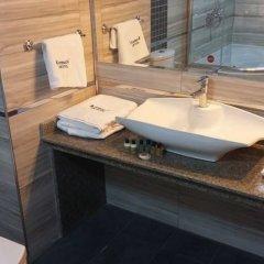 KremoN Hotel Турция, Усак - отзывы, цены и фото номеров - забронировать отель KremoN Hotel онлайн ванная фото 2