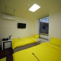 Отель 24 Guesthouse Seoul City Hall удобства в номере фото 2