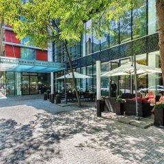 Отель Andel's by Vienna House Prague парковка
