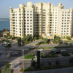 Отель Royal Club at Palm Jumeirah ОАЭ, Дубай - 5 отзывов об отеле, цены и фото номеров - забронировать отель Royal Club at Palm Jumeirah онлайн парковка