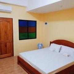 Отель Pamujo Hostel Филиппины, Баклайон - отзывы, цены и фото номеров - забронировать отель Pamujo Hostel онлайн комната для гостей фото 2