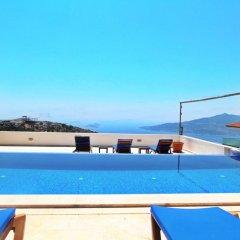 Villa Sea View by Villa Buketi Турция, Калкан - отзывы, цены и фото номеров - забронировать отель Villa Sea View by Villa Buketi онлайн бассейн фото 2