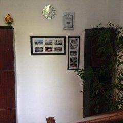 Отель East Gate Guest Rooms Болгария, Пловдив - отзывы, цены и фото номеров - забронировать отель East Gate Guest Rooms онлайн интерьер отеля фото 2