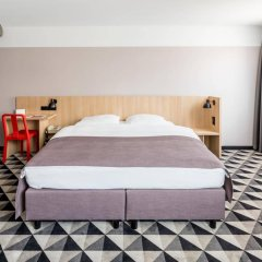 Azimut Hotel Vienna Вена сейф в номере