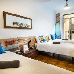 Отель Off Beat Guesthouse Испания, Сан-Себастьян - отзывы, цены и фото номеров - забронировать отель Off Beat Guesthouse онлайн комната для гостей фото 5