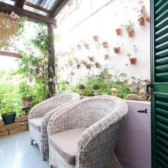 Отель A Casa dell'Artista ViKi Италия, Джези - отзывы, цены и фото номеров - забронировать отель A Casa dell'Artista ViKi онлайн балкон