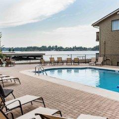 Отель Capt. Thomson's Resort бассейн фото 2