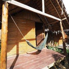 Отель Easy Huts Ланта приотельная территория