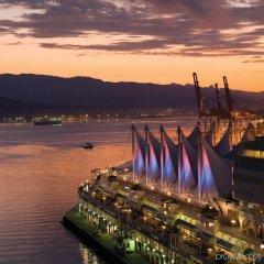 Отель Fairmont Pacific Rim Канада, Ванкувер - отзывы, цены и фото номеров - забронировать отель Fairmont Pacific Rim онлайн приотельная территория фото 2