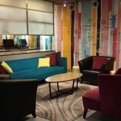 Отель GLOW Penang Малайзия, Пенанг - 1 отзыв об отеле, цены и фото номеров - забронировать отель GLOW Penang онлайн интерьер отеля