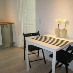 Отель Aalborg City Rooms ApS Дания, Бровст - отзывы, цены и фото номеров - забронировать отель Aalborg City Rooms ApS онлайн удобства в номере фото 2