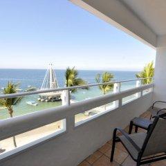 Отель San Marino Vallarta Centro Beach Front Пуэрто-Вальярта балкон