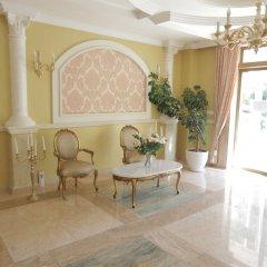 Апартаменты Luxury Apartment in Anastasia Palace интерьер отеля фото 2