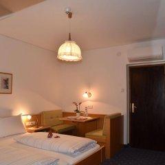 Отель Angerburg Blumenhotel Аппиано-сулла-Страда-дель-Вино комната для гостей фото 5