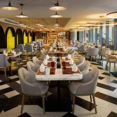 Отель Millennium Atria Business Bay ОАЭ, Дубай - отзывы, цены и фото номеров - забронировать отель Millennium Atria Business Bay онлайн питание фото 3