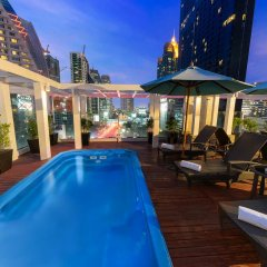 Отель FuramaXclusive Asoke, Bangkok бассейн