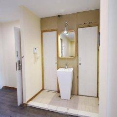 Отель Shanghai Nanjing Road Youth Hostel Китай, Шанхай - отзывы, цены и фото номеров - забронировать отель Shanghai Nanjing Road Youth Hostel онлайн ванная фото 2